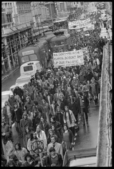 The Counter Culture Movement - Protest Against the Vietnam ...